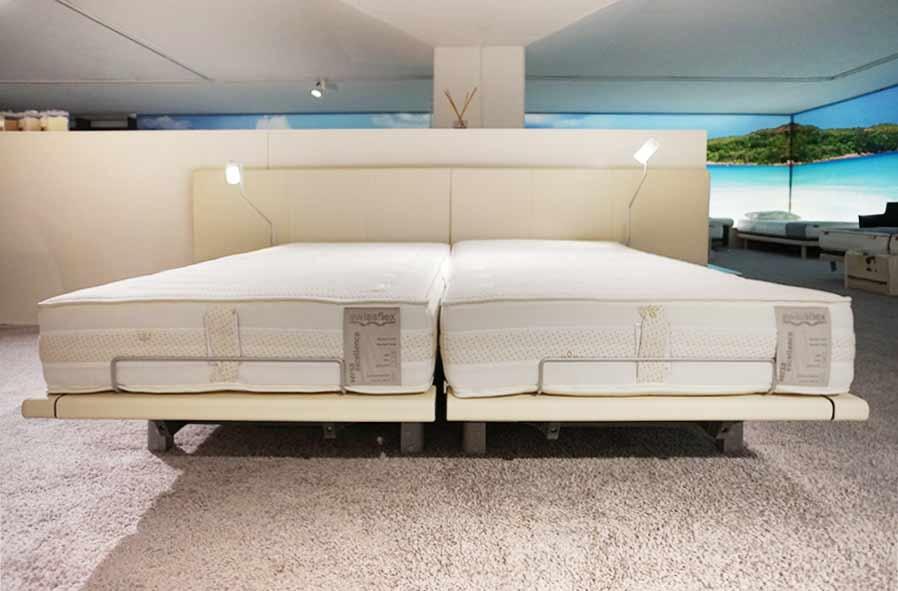 betten awesome plaisir bett von christine krncke betten with betten beautiful bett lindholm ii. Black Bedroom Furniture Sets. Home Design Ideas