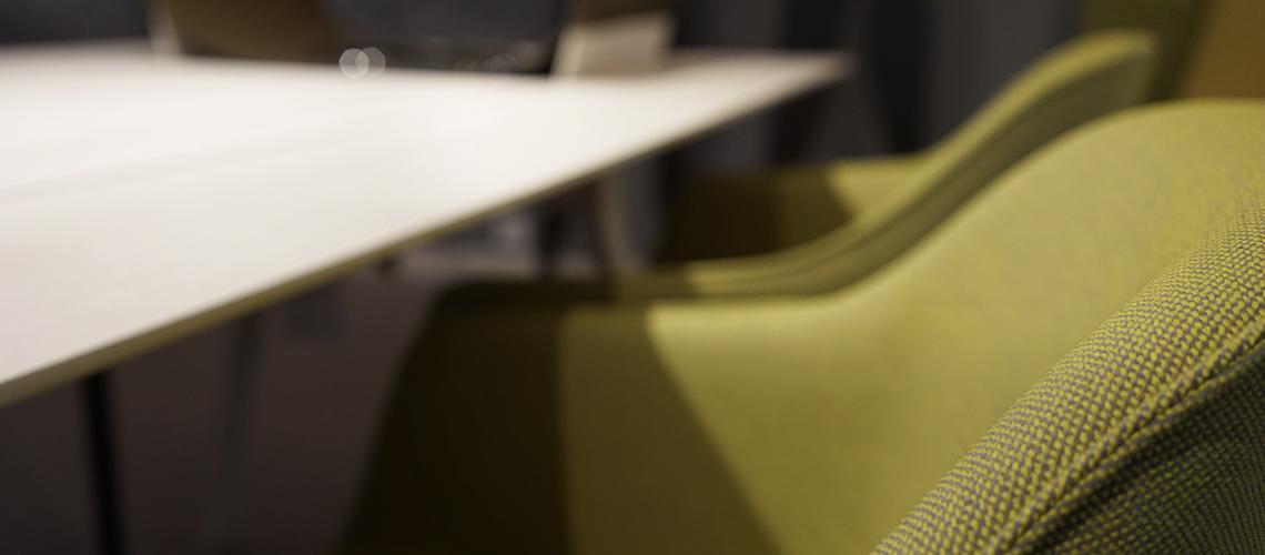 Roesch Basel Stuhle Tische